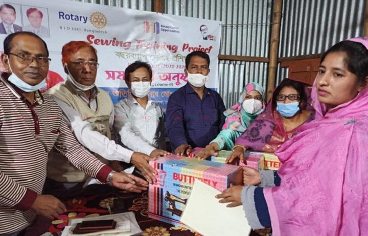 Sewing Distribution+pabna rotari club