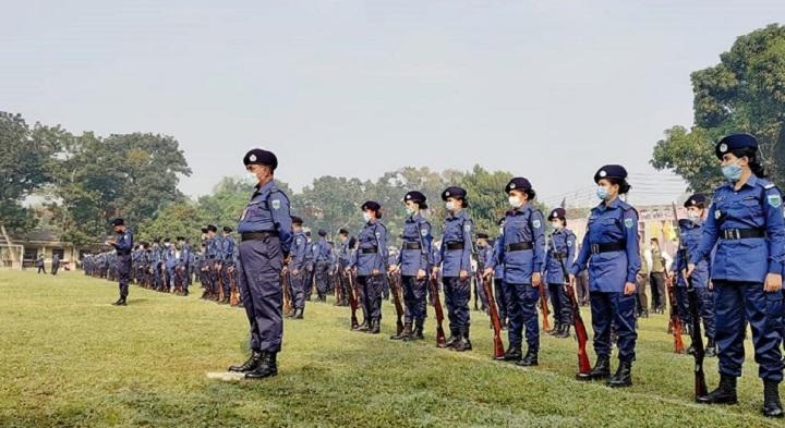 police parade+sirajgonj