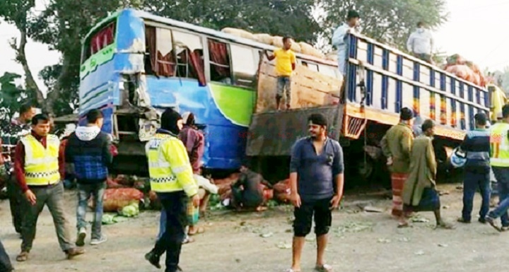 accident+tangail
