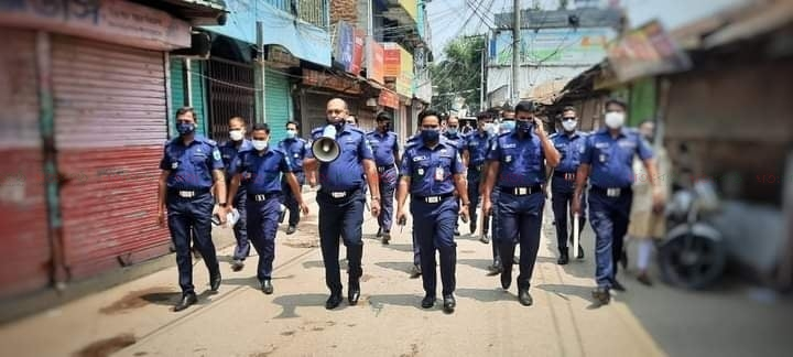 police_mask_bitaron_ullapara_sirajgong