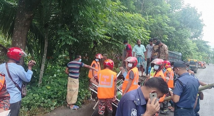 bagerhat+road accident